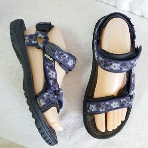 Teva Original Universal Sandals blue floral